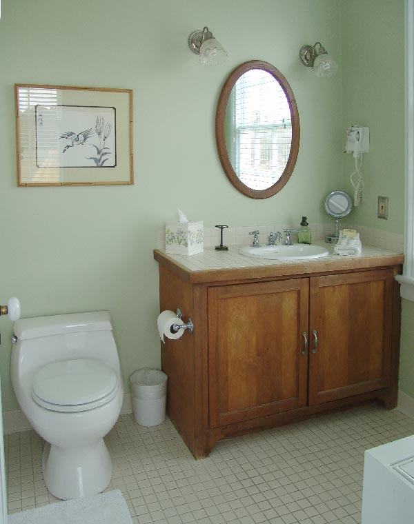 The Mistress Brent's Eventide Room bath at The Inn At Brome Howard